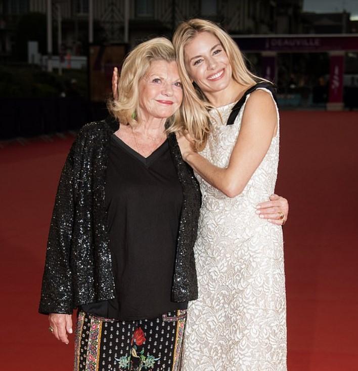 Sienna Miller mother
