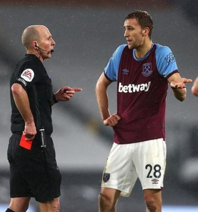 Mike Dean red card