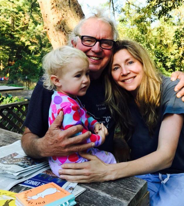 Sarah Chalke family