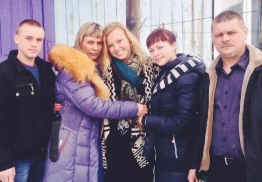 Jessica Long family