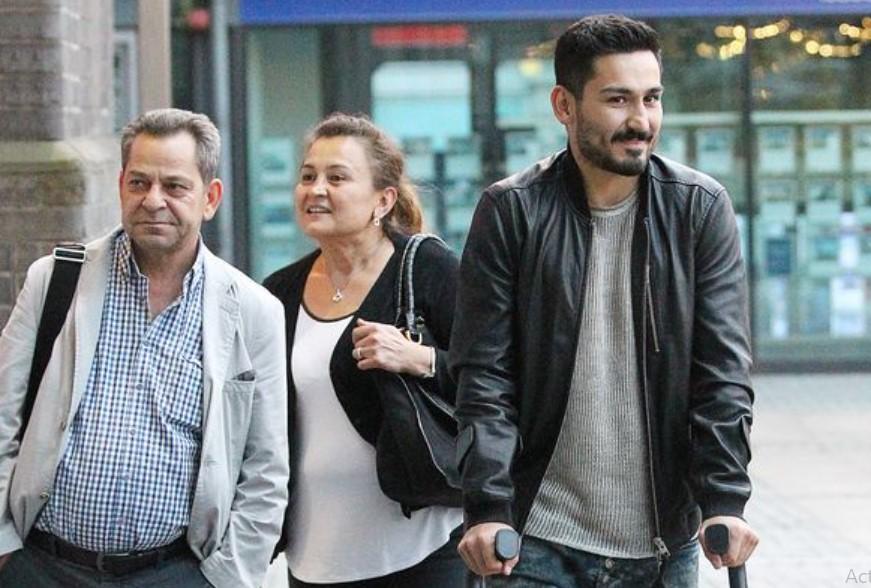 Ilkay Gundogan parents
