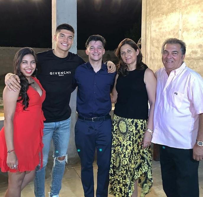 Joaquin Correa family