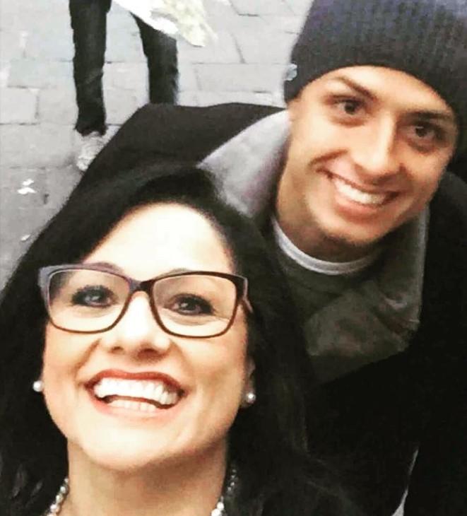 Javier Hernandez mother