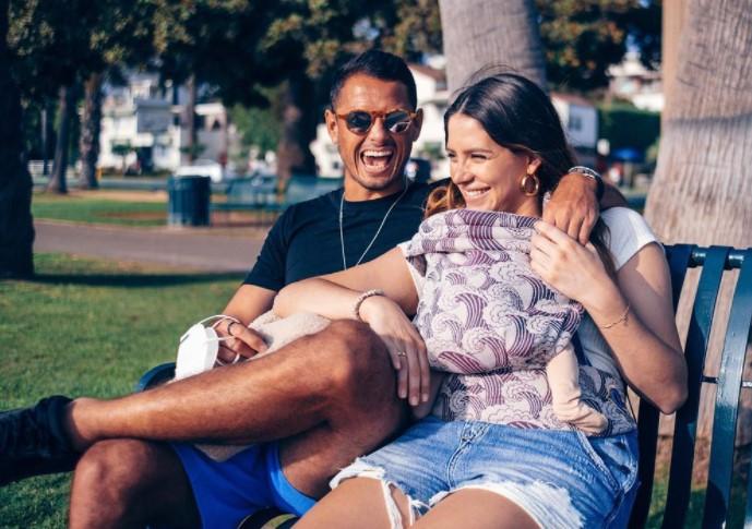 Javier Hernandez wife