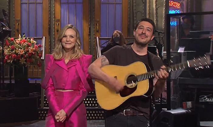 Carey Mulligan's husband Marcus Mumford crashes 'SNL' monologue