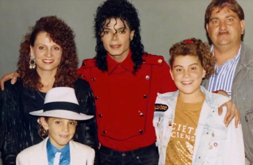 Wade Robson family