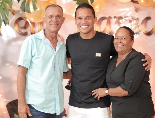 Carlos Bacca parents