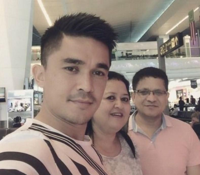 Sunil Chhetri parents
