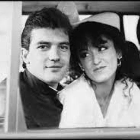 Ana Leza with Antonio Banderas when they were young