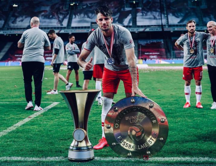 Dominik Szoboszlai with Trophy