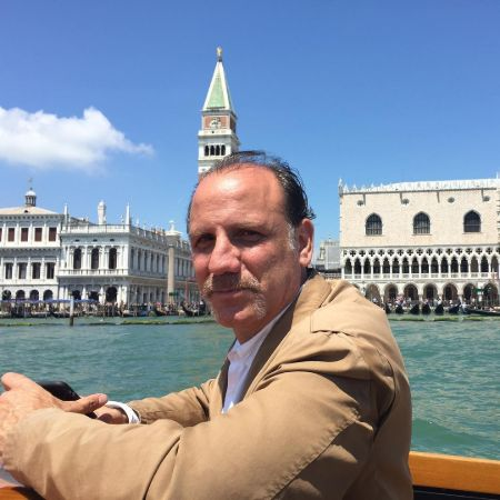 Nick Sandow enjoying his vacation in Venice