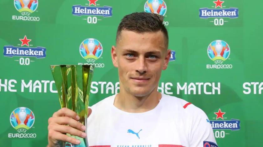 Czech footballer defender, Tomas Holes