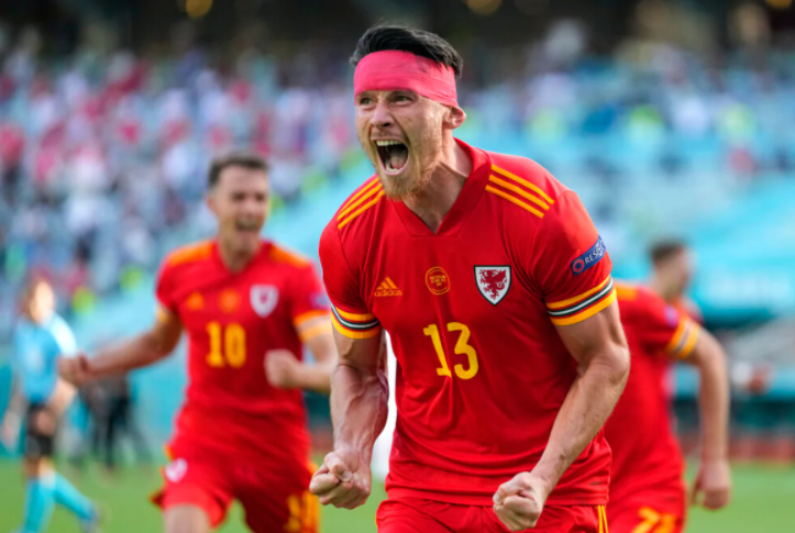 Wales player, Kieffer Moore scored a goal against Switzerland in 74 minute assisted by Joe Morrell in Euro 2020