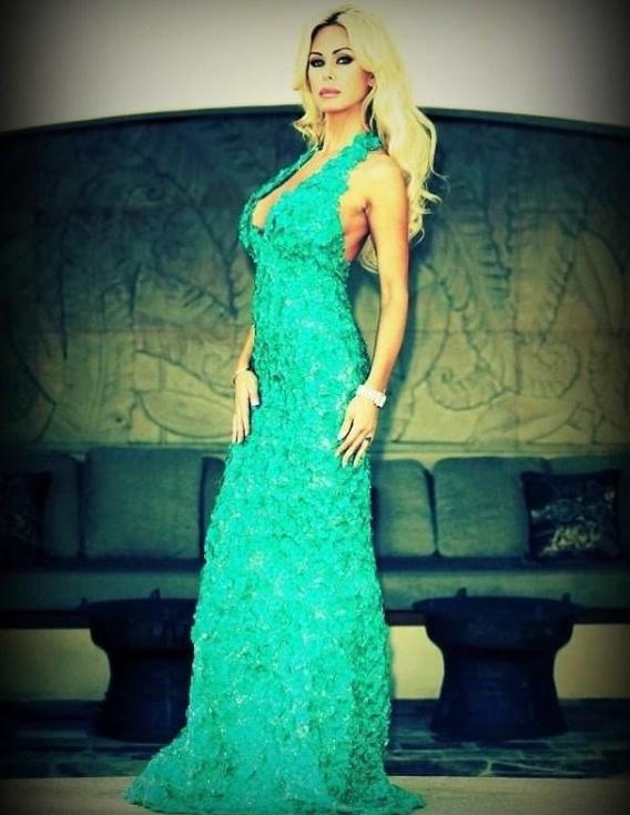 Shauna Sand Model