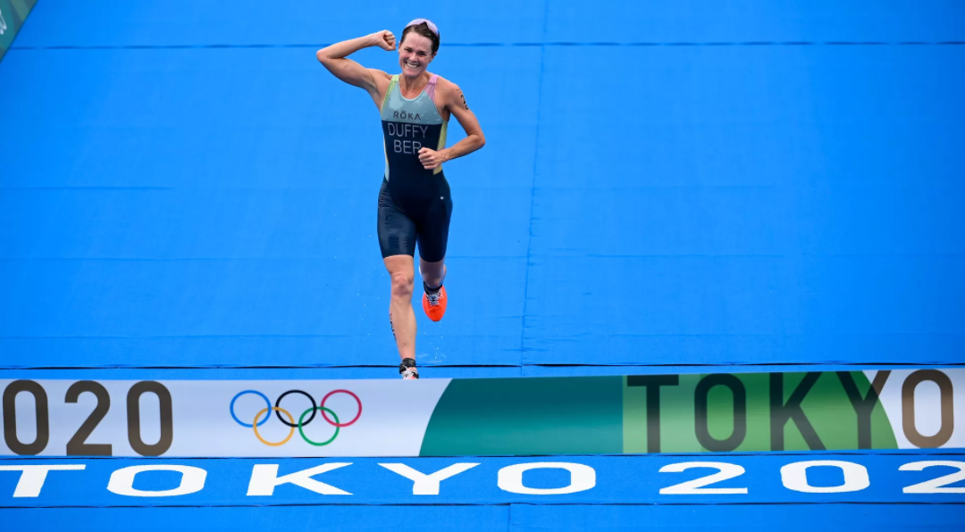 Flora Duffy wins women's triathlon at Tokyo Games to give Bermuda first gold medal in Olympics history