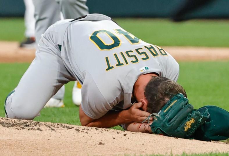 Chris Bassitt injury