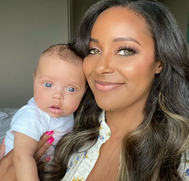 Brandi Rhodes and her daughter
