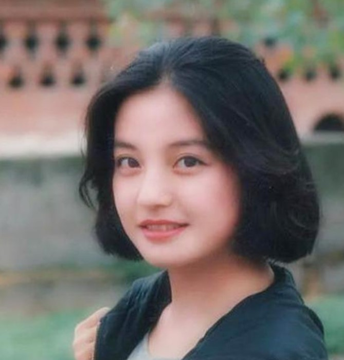 Zhao Wei young