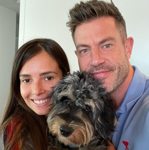 Jesse Palmer is engaged to Emely Fardo