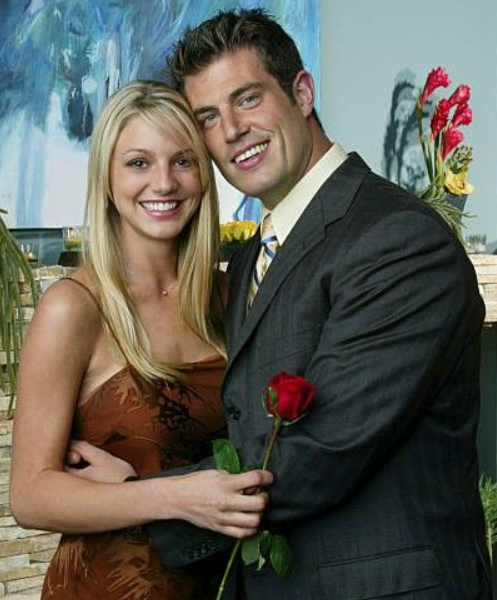 Jesse Palmer gave rose to Jessica Bowlin Rawi in 'The Bachelor' Season 5 in 2004