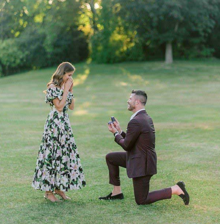 Emely Fardo and Jesse Palmer go engaged in July 2019